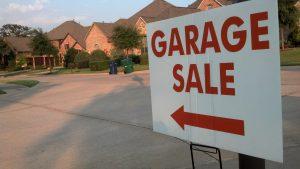 Lantana Garage Sale sign