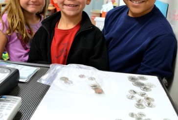 Flower Mound second graders learn about U.S. currency
