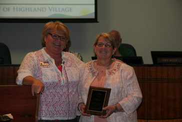 Highland Village secretary earns regional award