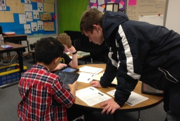 Flower Mound 9th grader shares gaming knowledge with Forest Vista students