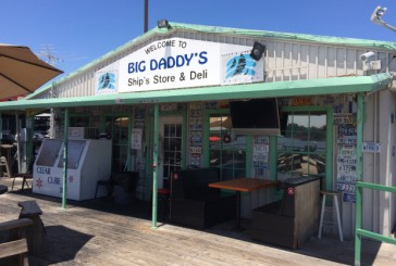 Foodie Friday: Delicious grill cookin' at Big Daddy's Ship Store on Grapevine Lake