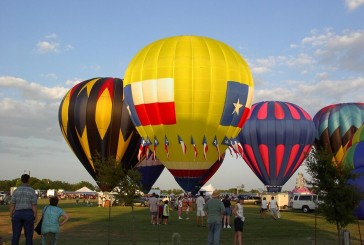 Lions light up sky with balloon fest