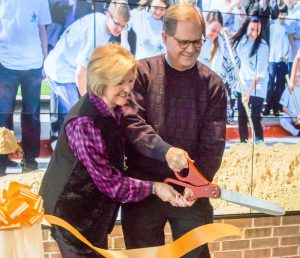 Co-Founders Rodney and Judy Haire cut the ribbon and unveil new additions to Liberty Christian School – Photo Credit John Elsey Photography