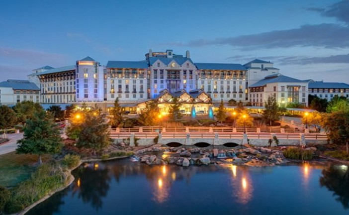 Gaylord Texan Resort to reopen June 8