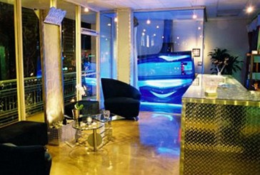 "Tanning salon celebrates seven year ""Tanniversary"""