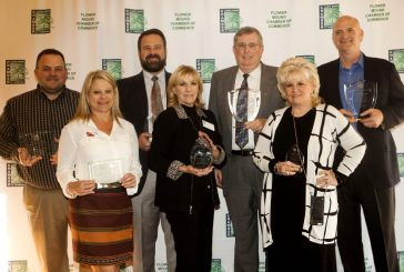 Flower Mound Chamber presents annual awards