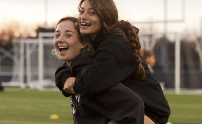 Friends, teammates share big goals
