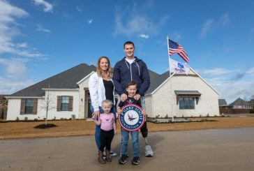 Wounded Army captain receives new smart home in Copper Canyon