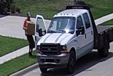 Northlake police seeking 'porch pirate'
