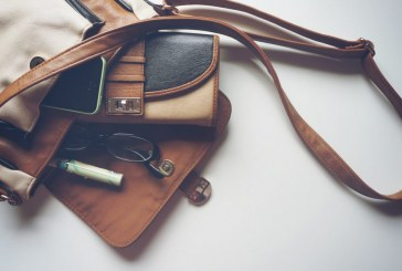 Local Republican women collecting purses for fundraiser
