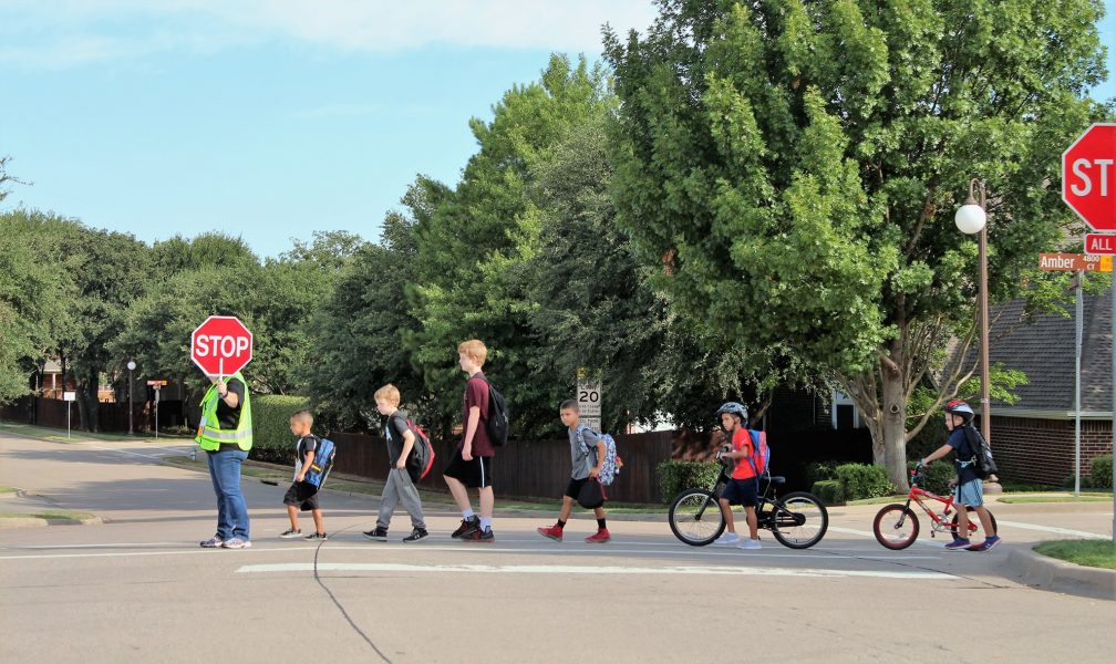 FMPD to hold job fairs for school crossing guards - Cross
