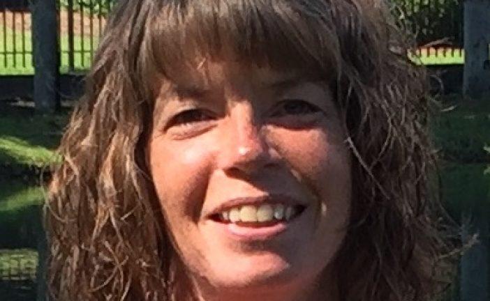 Billie Garrett to run for Double Oak Town Council