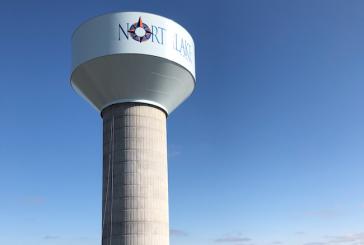 Northlake raises bowl of new water tower
